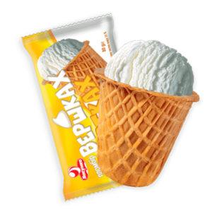 мороженое в стаканчике на сливках и желтках